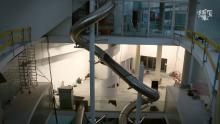 Wie glijdt de grootste indoor glijbaan ter wereld in Comics Station Antwerp ASTAD TV